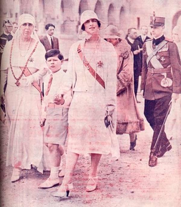 Maria, Mihai shi Elena la Alba Iulia 1929