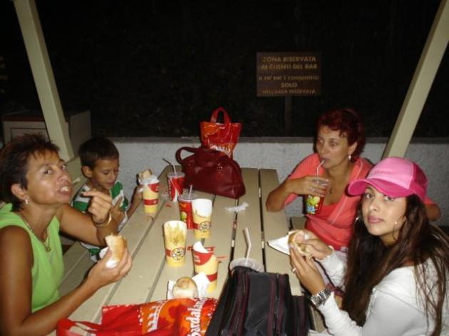 Lelica Crisan copii si Bianca Jurca